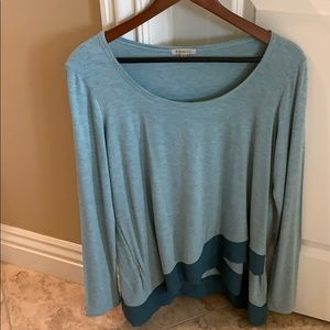 Lovely flowy Anthropologie top